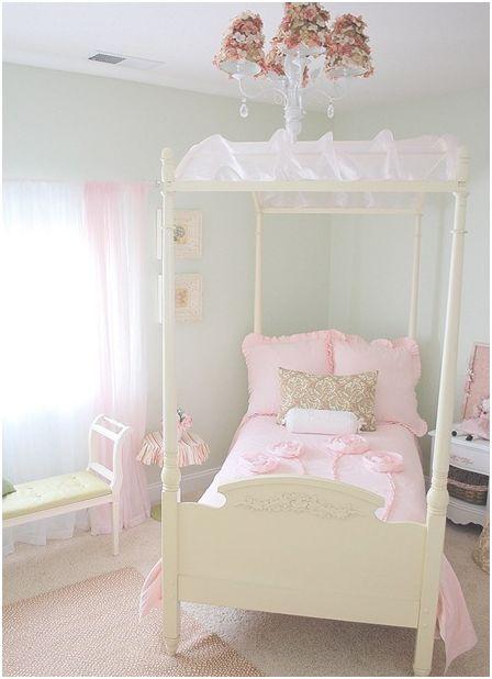 Girl s room in bloom centsational girl - Yearold girls bedroom ...