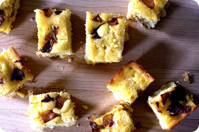 caramelized onion goat cheese cornbread smitten kitchen