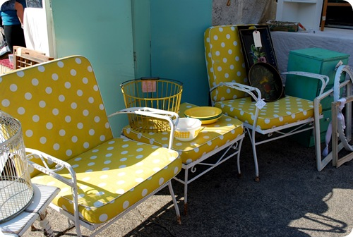 retro outdoor set