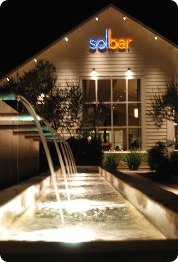 solbar at night