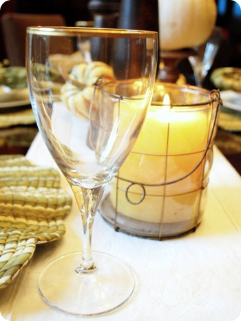 gold trimmed wine glass