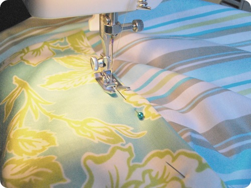 sew pocket to apron