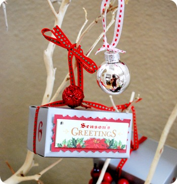 favor box and silver ornament