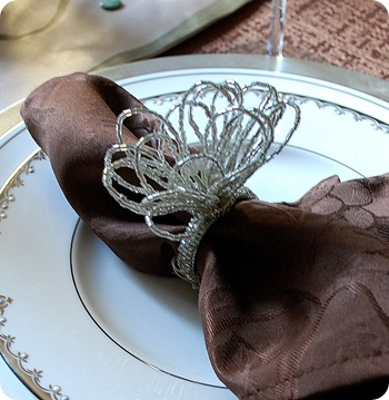napkin ring crop