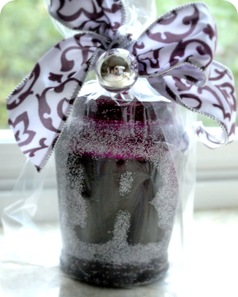 amethyst candle with ribbon