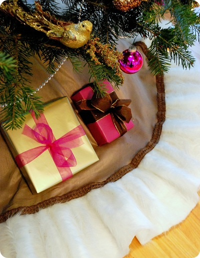 fur lined tree skirt final