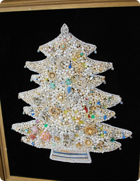 vintage jewelry christmas tree
