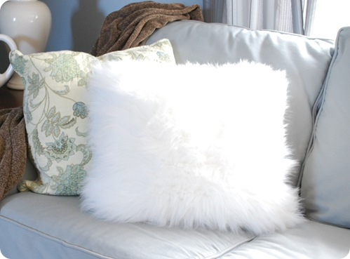 faux fur white pillow