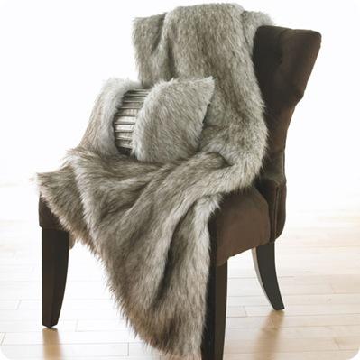 fox faux fur throw inmod