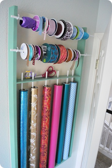 organizer for wrap and ribbon