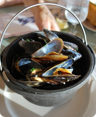 mussles in white wine