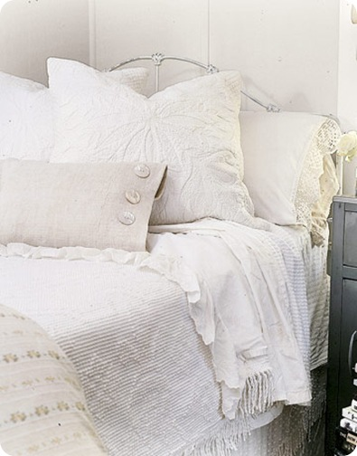white linens country living