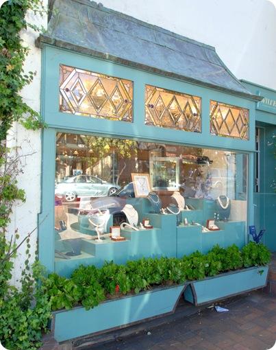 turq glass window