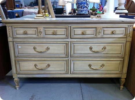 french styel dresser