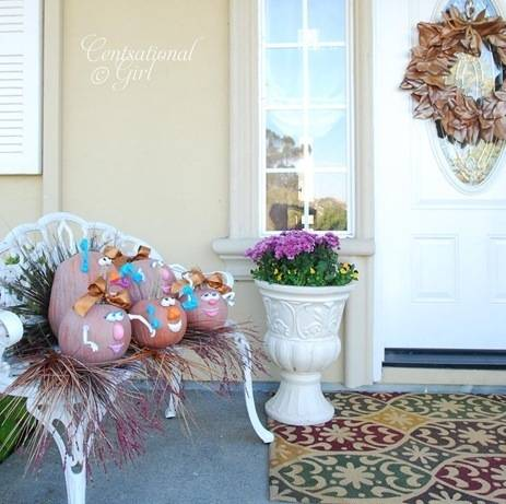 cg front porch pumpkins wreath mums