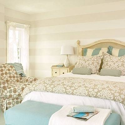 How to paint perfect stripes on walls centsational girl for Striped bedroom walls
