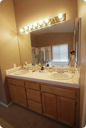 Budget bathroom makeover linky centsational girl - Bathroom paint colors with oak cabinets ...