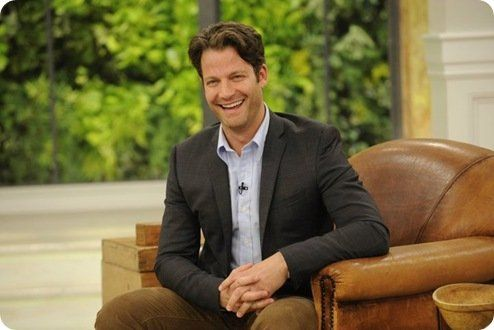nate berkus in chair