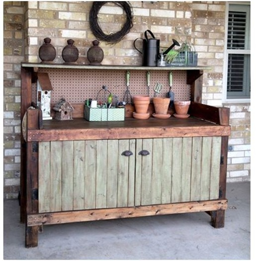 briwax potting bench makeover