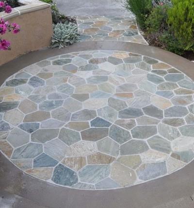 circle-patio-when-wet.jpg