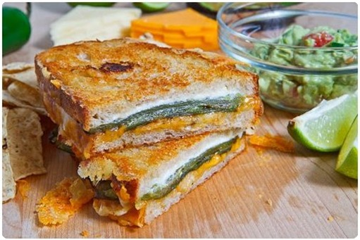 jalepeno poppers grilled cheese