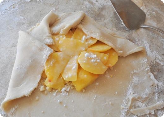 sprinkle with sugar cornstarch