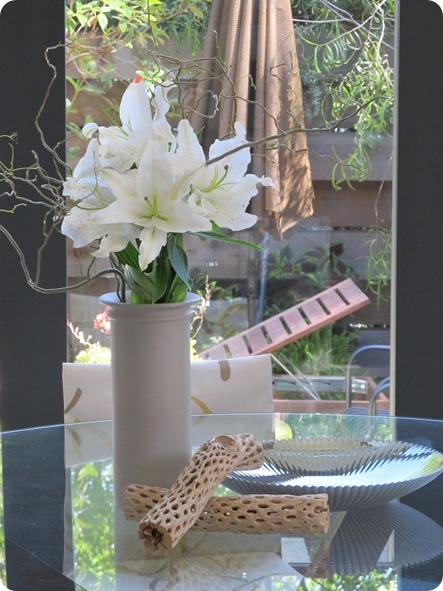 Graphic 7 Centerpiece_Courtney Lake