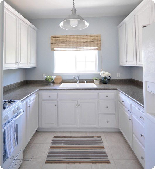 Used White Kitchen Cabinets: Mini Kitchen Makeover
