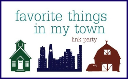 favorite things link party button