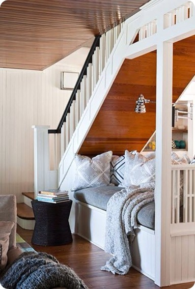 nook under stairs