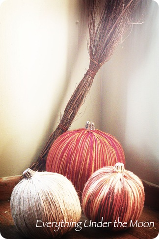 everything under the moon yarn pumpkins