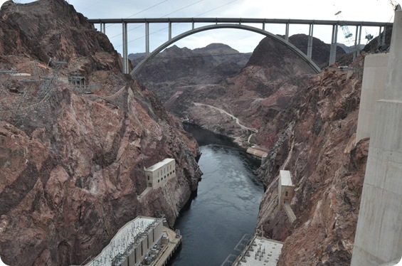 hoove dam bridge side