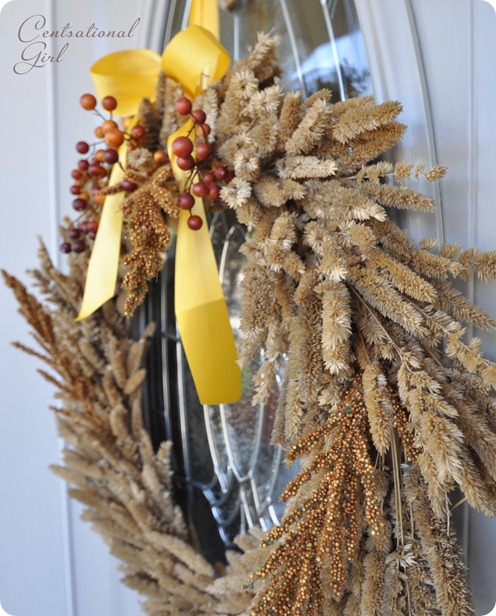 natural grass wreath up close cg