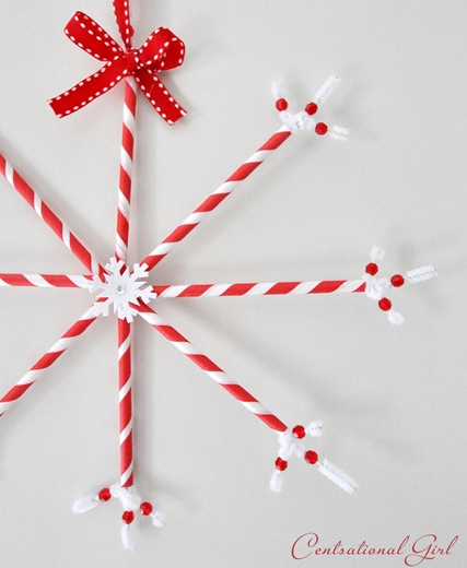 paper straw snowflake up close cg