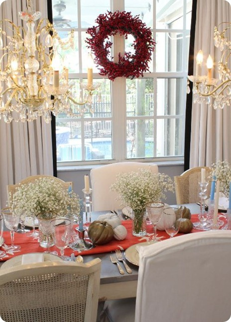 fresh white elegant tablescape
