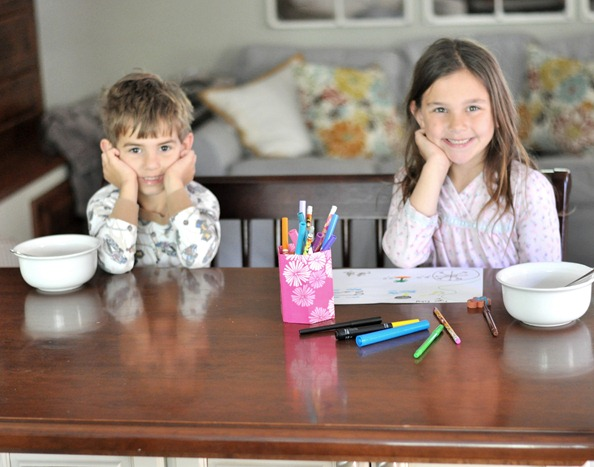 kids at breakfast