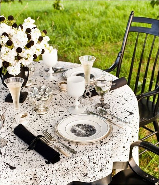 outdoor black and white tablescape eddie ross