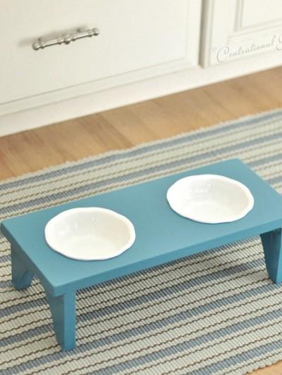 pet-bowl-stand-diy.jpg