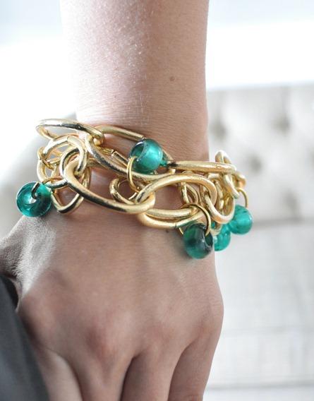 bracelet on wrist - photo #27