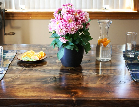 reclaimed wood table detail