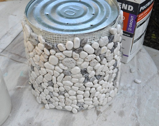 apply river rock tile to bucket