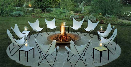 firepit seating area
