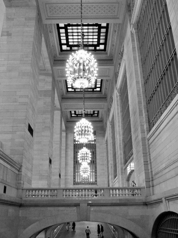 grand central in black and white