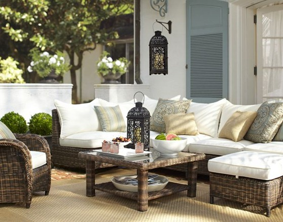 outdoor seating pottery barn