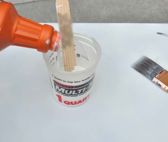 used glidden s muslin white latex paint leftover from the. Black Bedroom Furniture Sets. Home Design Ideas