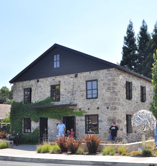 maisonry tasting room and gallery