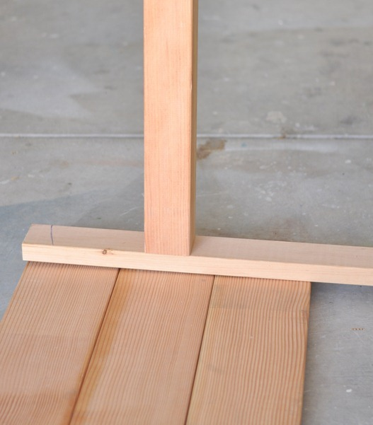 measure width of leg base