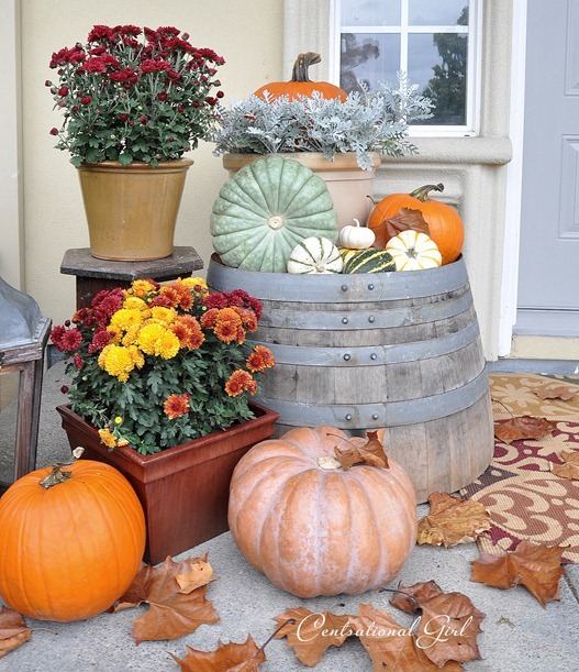 September porch scene centsational girl Beautiful fall front porches