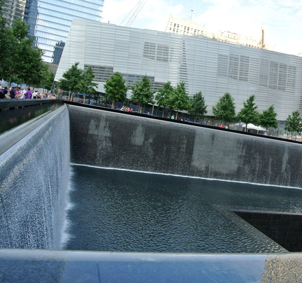 reflecting pool 9.11 memorial