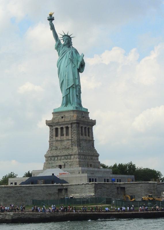 statue of liberty ny harbor